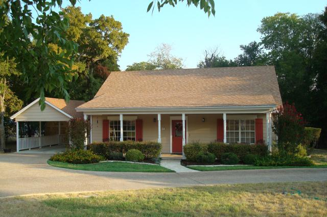 Family vacation rentals in Salado TX